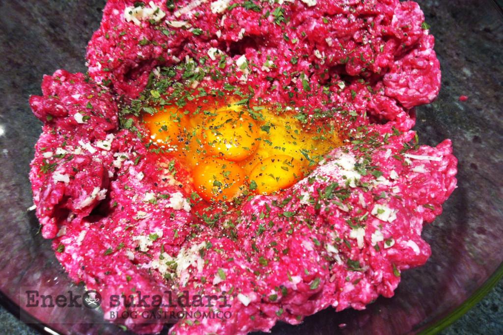 Albondigas caseras en salsa (Eneko sukaldari)
