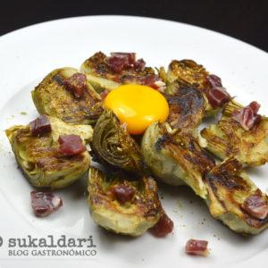 Alcachofas de Tudela a la plancha con jamón - Receta - Eneko sukaldari
