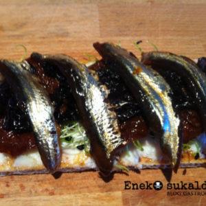 Anchoas marinadas en teriyaki