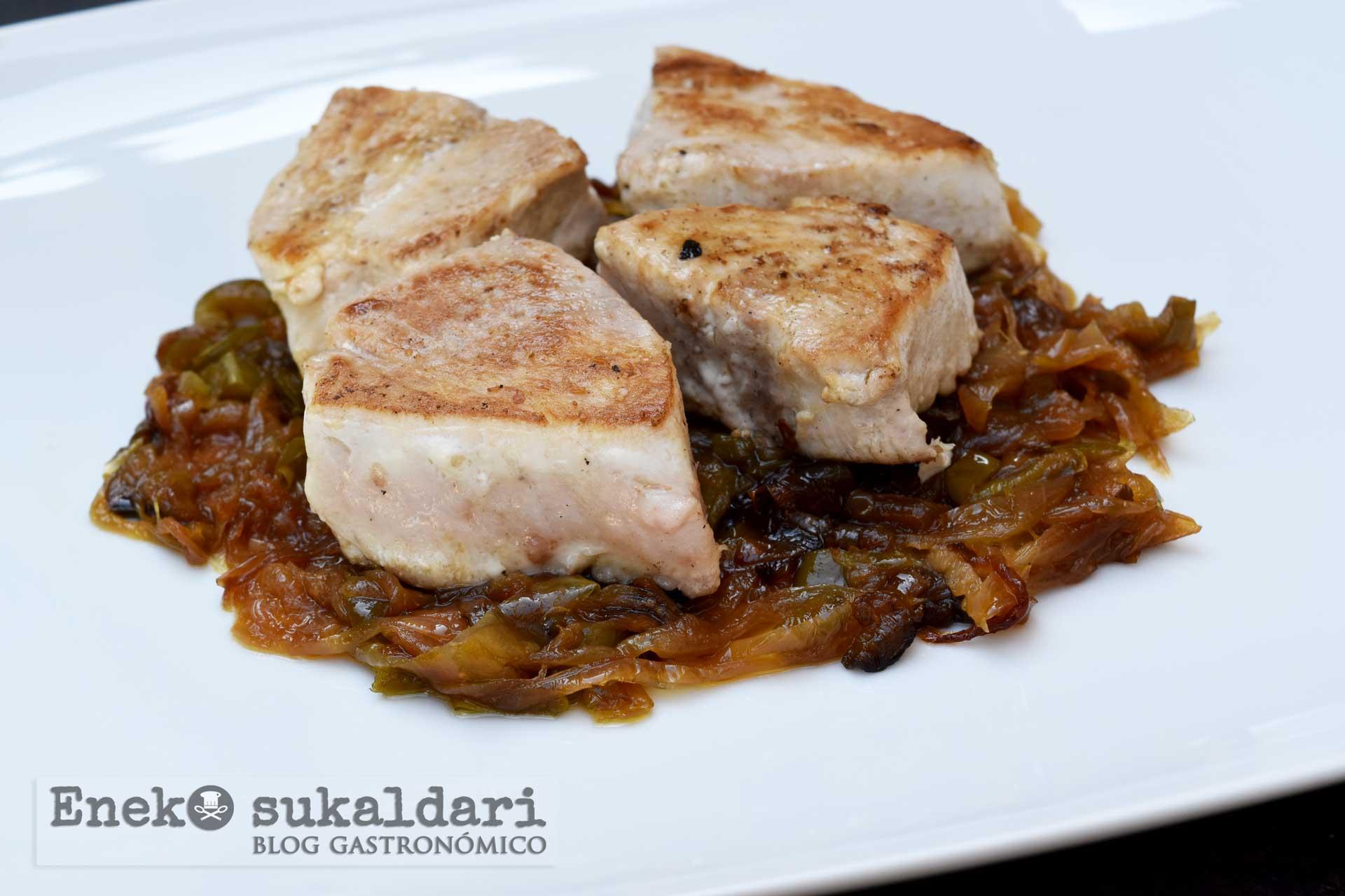 Bonito encebollado - receta - Eneko sukaldari