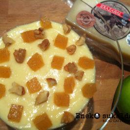 Crema de Idiazabal con manzana salteada y topping de membrillo y nueces
