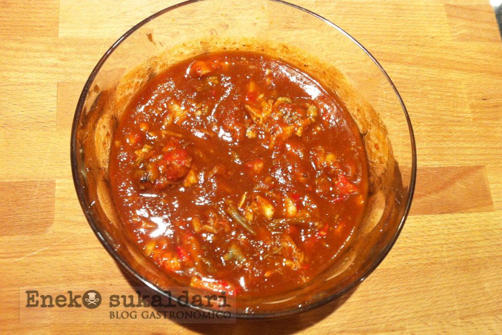 Croquetas de cangrejos en salsa