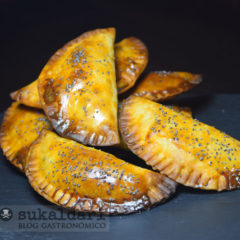 Empanadillas thai