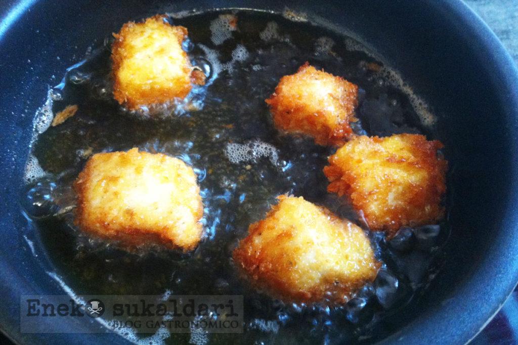 Ensalada panko pollo con Idiazabal y vinagreta de mostaza