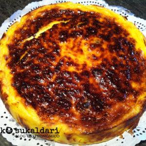 Pastel de queso y arándanos