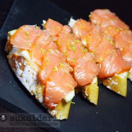 Pintxo de salmón con manzana y queso trufado
