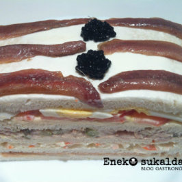 Mega Sandwich Santutxu de 5 pisos
