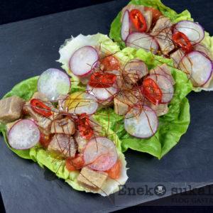 Taco de lechuga y atún marinado - Eneko sukaldari