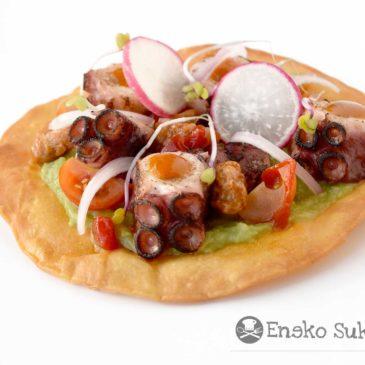Taco de pulpo y guacamole con salsa de alegrías riojanas y miel - Receta - Eneko sukaldari