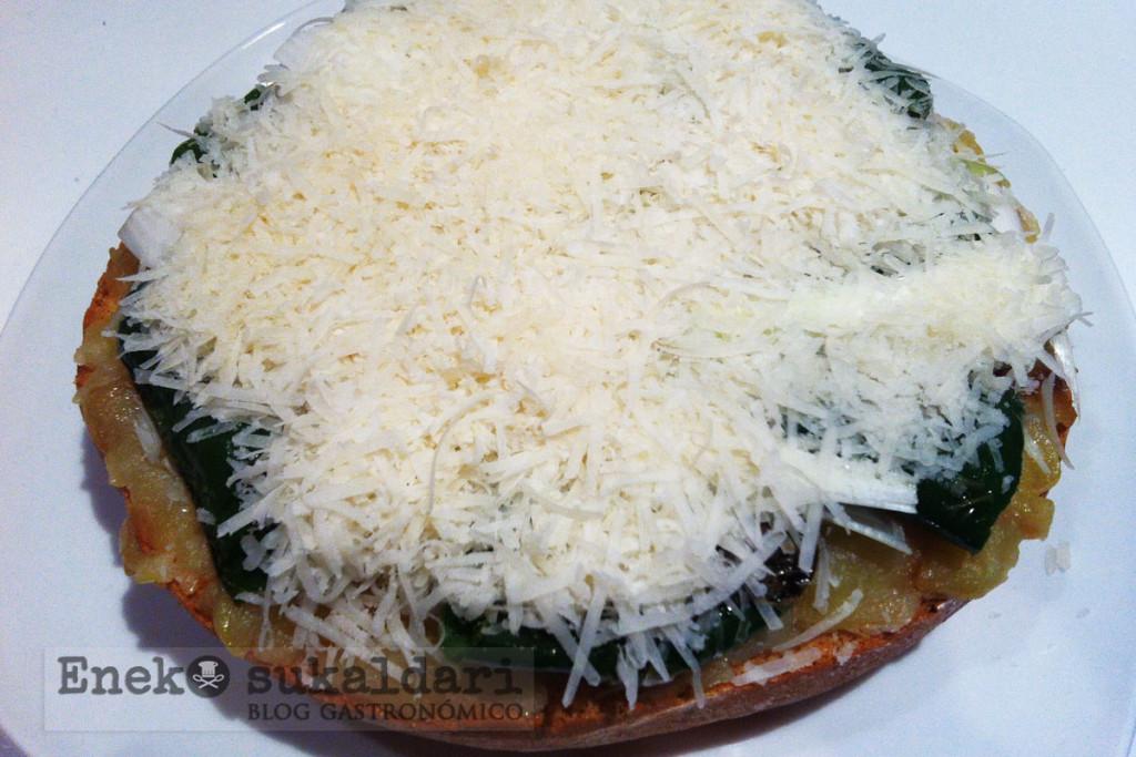 Torta Chicote de patata con pimientos, Idiazabal y anchoas