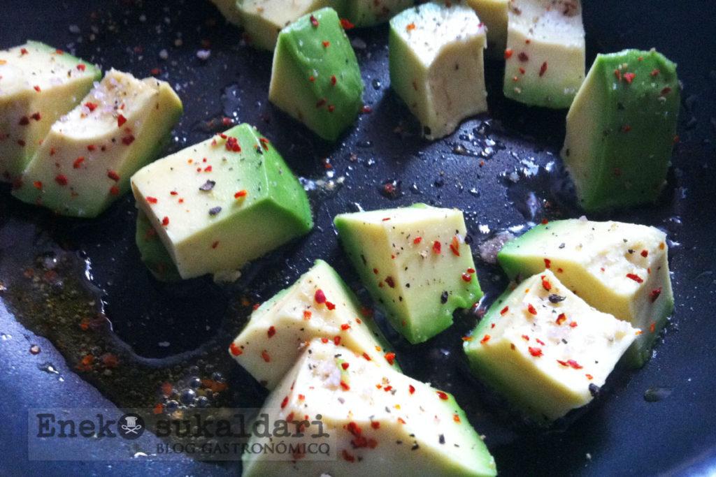 Tortilla de atún y aguacate - Eneko sukaldari