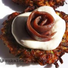 Tortitas de calabacín e Idiazabal con mouse de anchoas